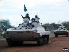 UN tanks in Abyei, 22/07
