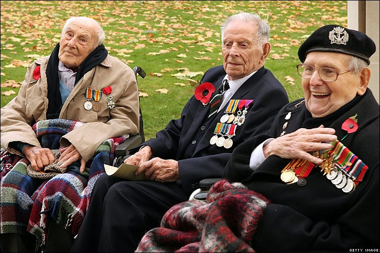 WWI veterans Henry Allingham (L), Harry Patch and Bill Stone (R) on Armistice Day 2008