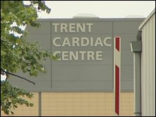 Deaths prompt heart patient alert (UK)
