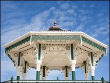 Western bandstand
