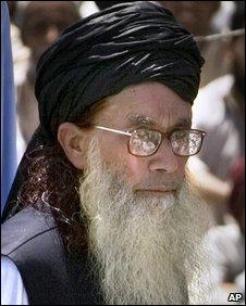 Sufi Mohammed in Mingora  (19.4.09)