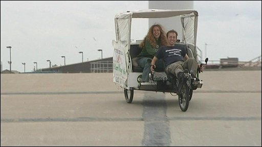 Simon Etkind and Lianna Hulbert complete their rickshaw journey