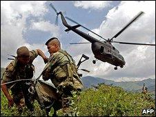 Colombian troops 6.8.05