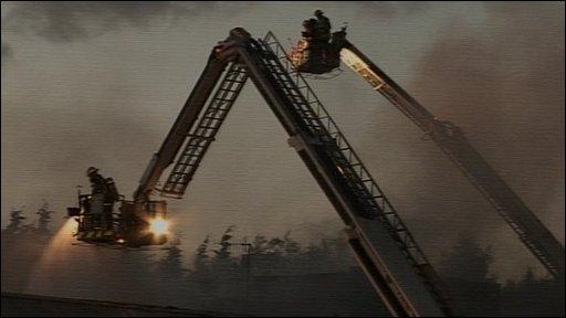 Luton factory fire
