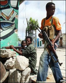 Child soldier in Mogadishu, May 2009
