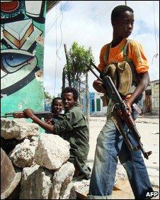 Child soldier in Mogadishu, May 2009