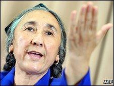 Rebiya Kadeer speaks in Tokyo (29 July 2009)