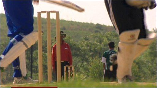 Cricket stumps, umpire