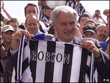 Sir Bobby Robson and Newcastle fans