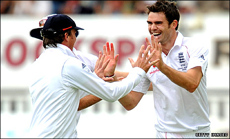 James Anderson celebrates a wicket with Graeme Swann