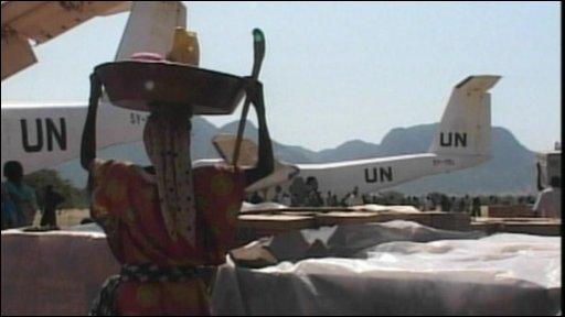 UN aid planes