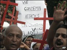 Pakistani Christians in Lahore rally in response to the attacks