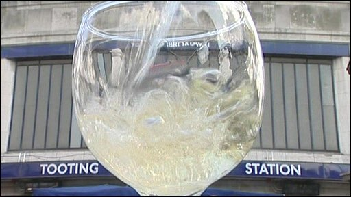 Wine glass at Tooting Broadway station
