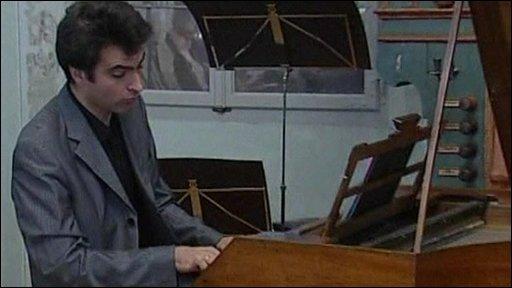 Pianist Florian Birsak