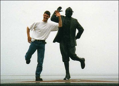 Sylvia Wright sent in this picture of her husband Robert with Eric's statue in August 1999