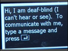 Message from a deaf-blind person displayed on a phone