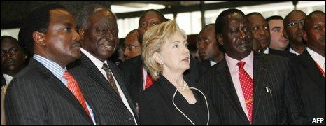 Kenyan Vice President Kalonzo Musyoka, Kenyan President Mwai Kibaki, Hillary Clinton and Kenyan Prime Minister, Raila Odinga, 05/08