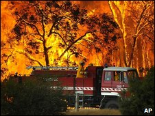 Wildfire near Tonimbuk, Victoria, Australia (7 February 2009)