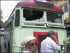 Bus atttacked by auto rickshaw drivers