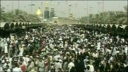 Crowds of pilgrims