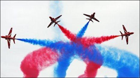 The Red Arrows perform in Bournemouth's skies