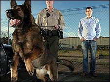 Louis Theroux with police dog