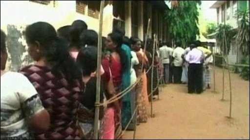 Voters queue in Sri Lanka