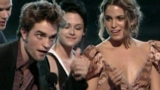 Twilight picks up 11 gongs at Teen Choice Awards