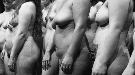 Women Nude Dance 102