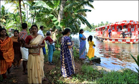 Customers wait for Floating Triveni