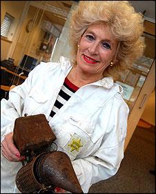 Beekeeper Gloria Havenhand