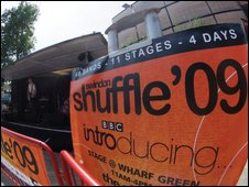Swindon Shuffle banner (Photo courtesy of Puttyfoot Photography)