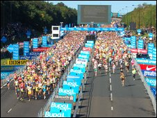 Runners starting the Great North Run 2008