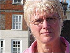 Tracey Yeates