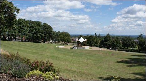 Ponciau Banks park