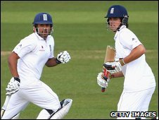 Ravi Bopara and Alalstair Cook