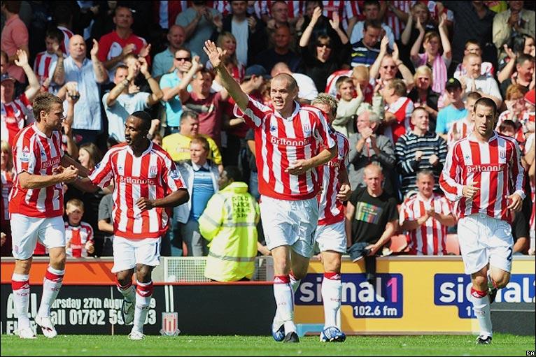 Ryan Shawcross celebrates his opener for Stoke