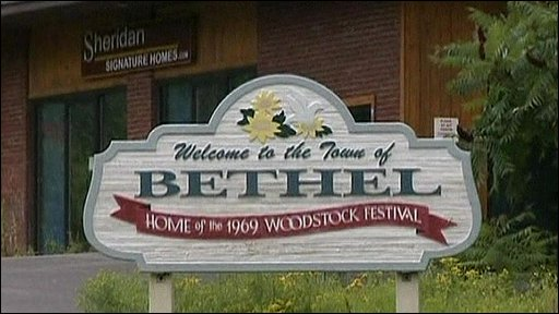 Sign welcoming people to the town of Bethel, where the Woodstock festival was held
