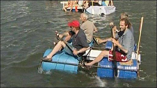 Participants in Dinant's International Bathtub Regatta