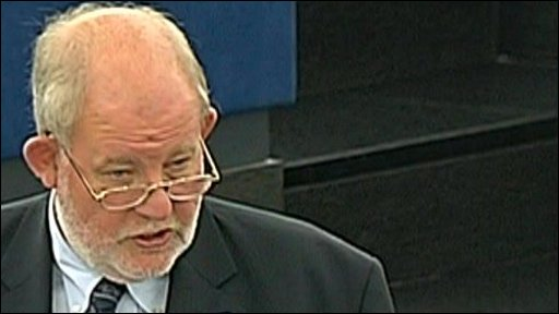 Charles Clarke support anti-terror legislation