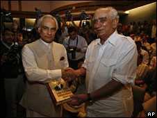 Jaswant Singh (right) at the launch of his book