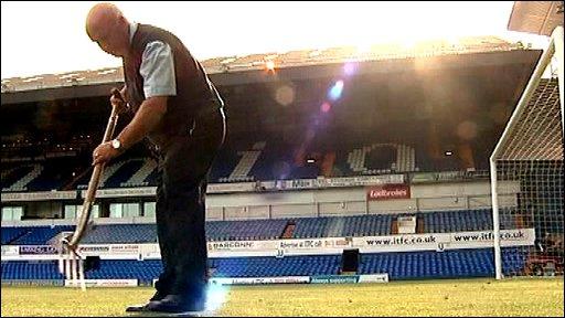 Groundsman Alan Ferguson