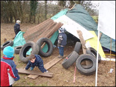 Farley Nursery children build a den