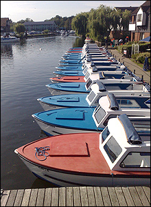 The river at Wroxham by Leigh Caudwell