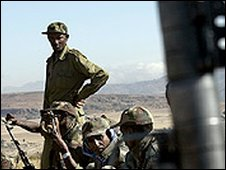 Ethiopian troops along Eritrean border (file photo)