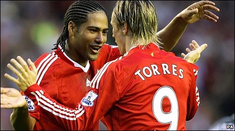 Glen Johnson and Fernando Torres