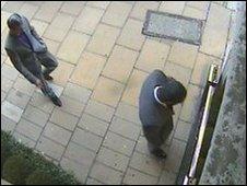 CCTV images of jewel raiders