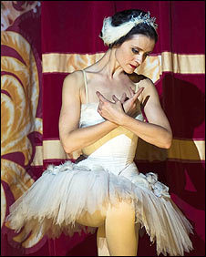 Anne-Marie Duff as Margot Fonteyn