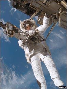 Christer Fuglesang on spacewalk (Nasa)