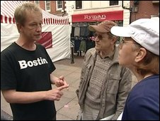 Mark France campaigning for signatures in Bromsgrove in May